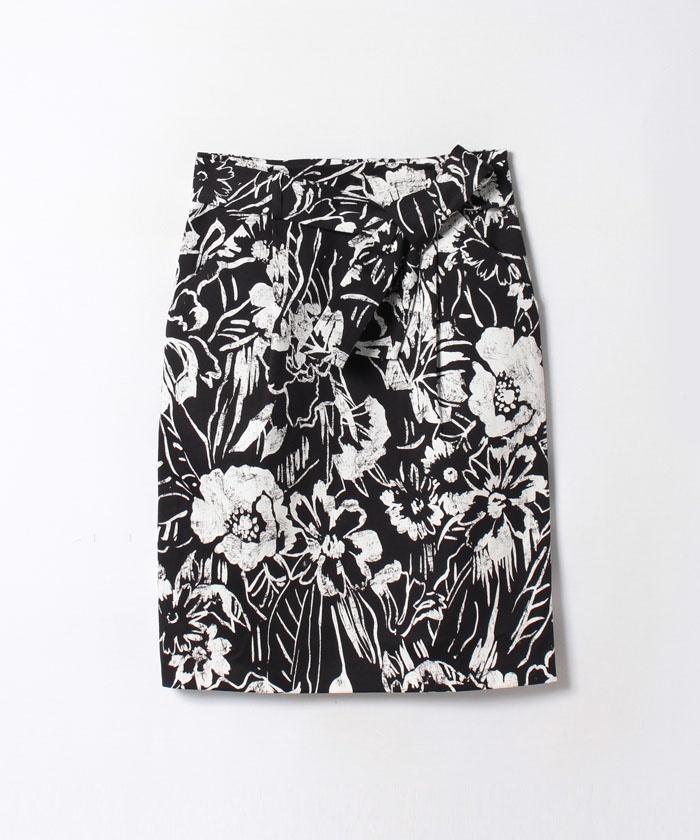 モノトーンフラワープリントタイトスカート